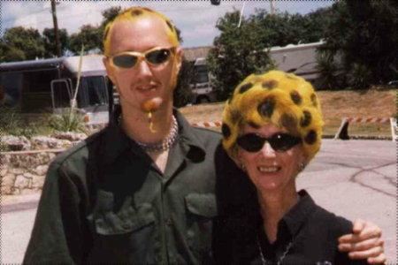 Dave McClain y su madre, Mary Douglas