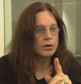 Ozzy Osbourne (Brütal Legend)