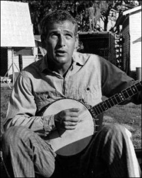 Paul Newman tocando el banyo