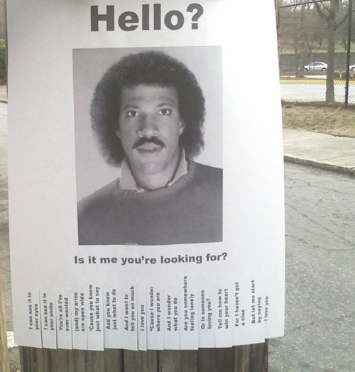 Lionel Richie 'Hello' Lost Sign