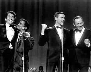 Dean Martin, Sammy Davis Jr., Johnny Carson y Frank Sinatra